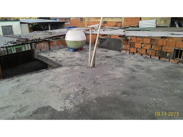 """Casa en Ruperto Lugo Catia 1era Calle Tovar """" Excelente Ocasión """" - 5/6"""