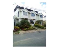 hermosa casa tipo thom house