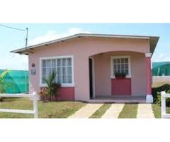 Bella casa en venta Con estacionamiento cerca de la pza Bolivar