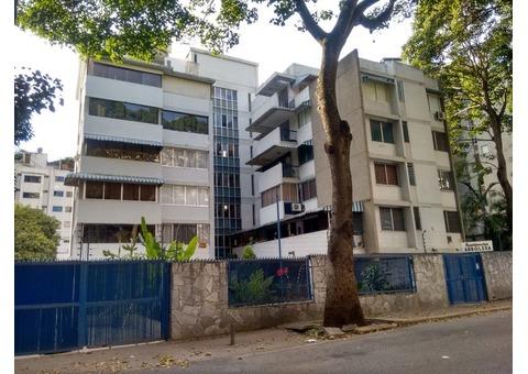 Se vende Apartamento en Los Dos Caminos, Sebucan