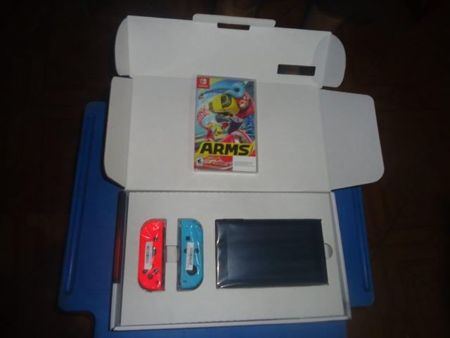 Consola Nintendo Switch mas un juego en fisico ARMS - 2/4