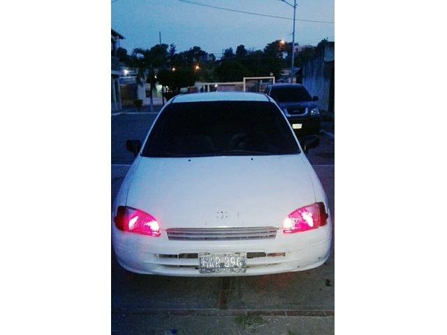 Toyota Starlet - 3/6